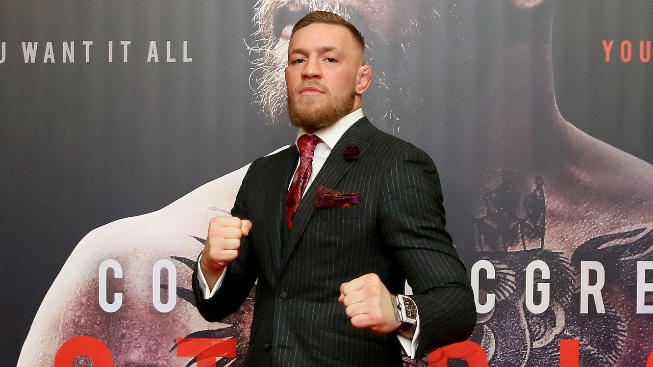 Irish mixed martial arts star Conor McGregor poses upon arrival to attend the world premiere of the documentary film 'Conor McGregor: Notorious' at the Savoy Cinema in Dublin, Ireland on November 1, 2017. / AFP PHOTO / Paul FAITH
