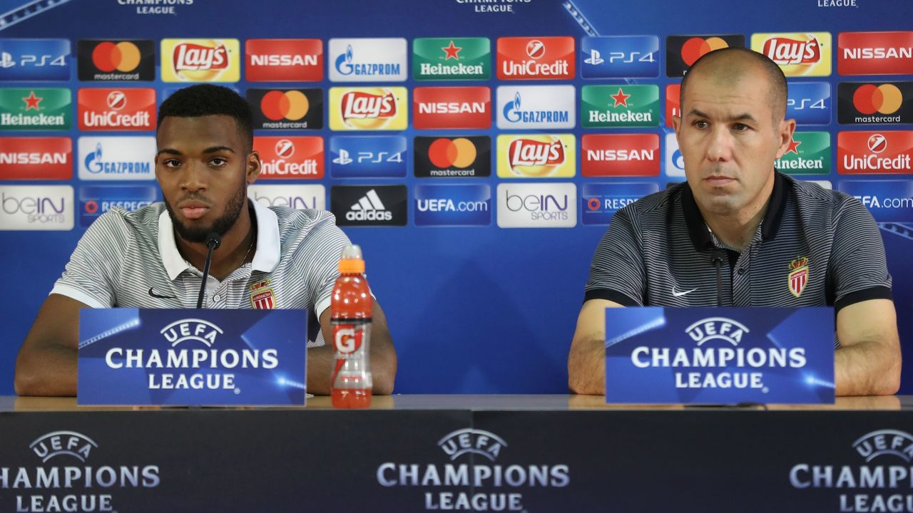 Monaco's Portuguese coach Leonardo Jardim (R) and Monaco's French midfielder Thomas Lemar give a press conference on the eve of the UEFA Champions League football match AS Monaco vs Bayer Leverkusen on September 26, 2016 at the Louis II Stadium in Monaco. / AFP / VALERY HACHE
