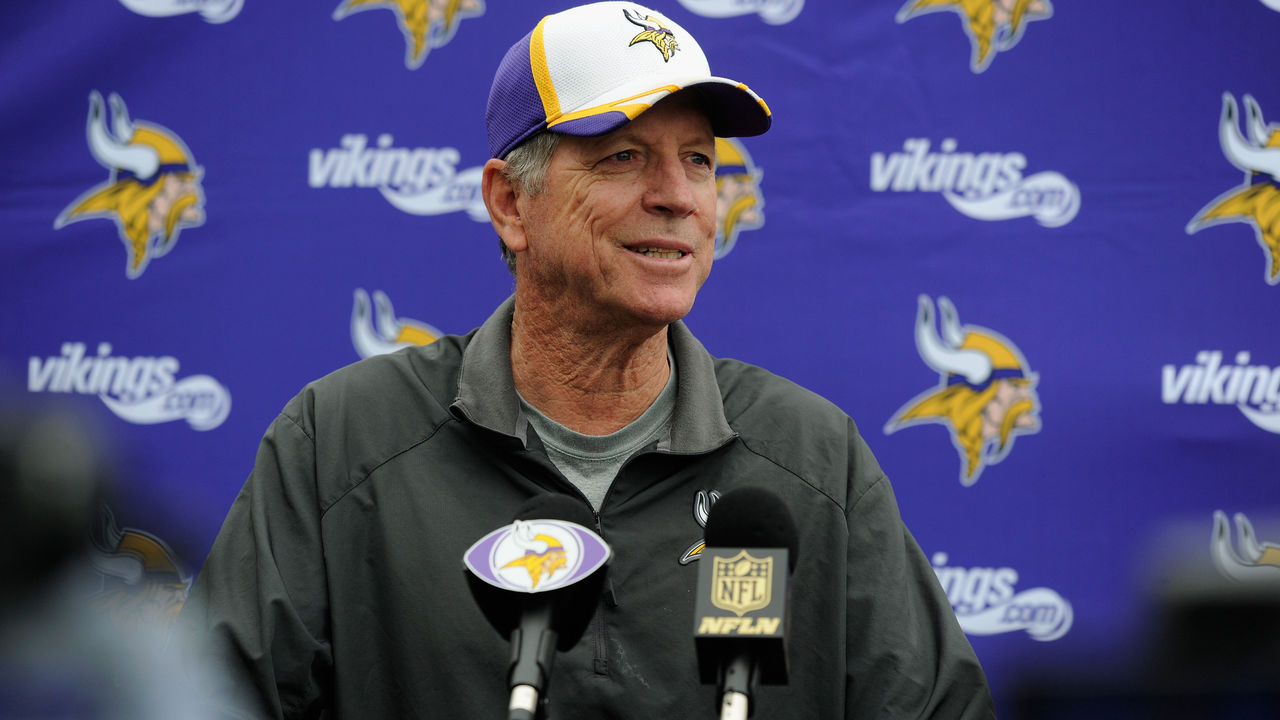 EDEN PRAIRIE, MN - JUNE 4: Offensive coordinator Norv Turner of the Minnesota Vikings speaks to the media after practice on June 4, 2015 at Winter Park in Eden Prairie, Minnesota.