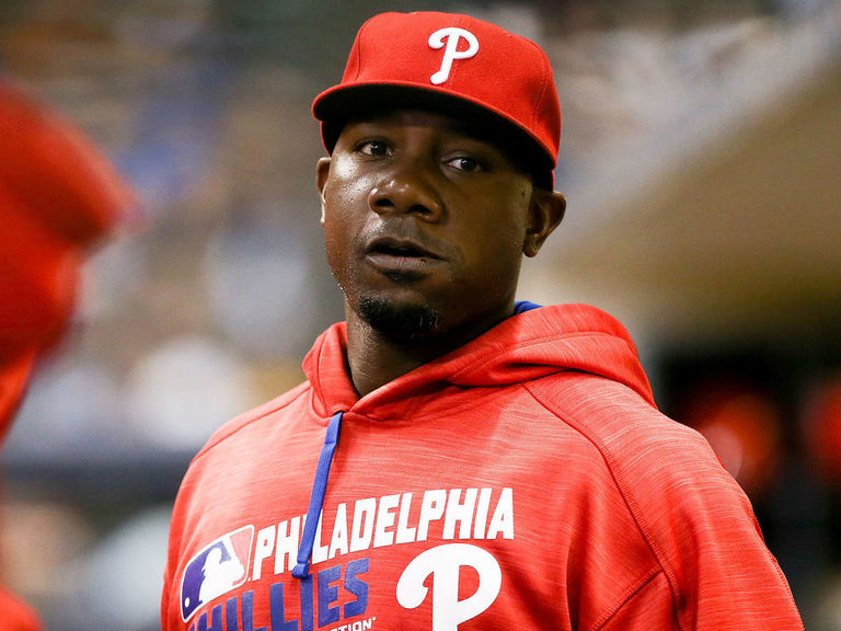 Former MVP Ryan Howard hoping for MLB return: 'I'm still active'
