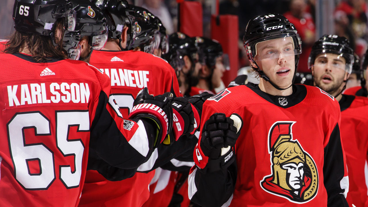 OTTAWA, ON - NOVEMBER 4: Ryan Dzingel #18 of the Ottawa Senators celebrates his third period goal against the Vegas Golden Knights with teammates Erik Karlsson #65 and Derick Brassard #19 at Canadian Tire Centre on November 4, 2017 in Ottawa, Ontario, Canada.