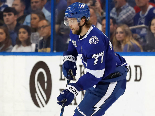 TAMPA, FL - DECEMBER 28: Victor Hedman #77 of the Tampa Bay Lightning looks to pass against the Montreal Canadiens during the first period at Amalie Arena on December 28, 2017 in Tampa, Florida.