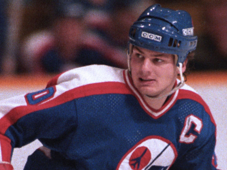NHL legend, Barrie Colts HC Dale Hawerchuk battling stomach cancer