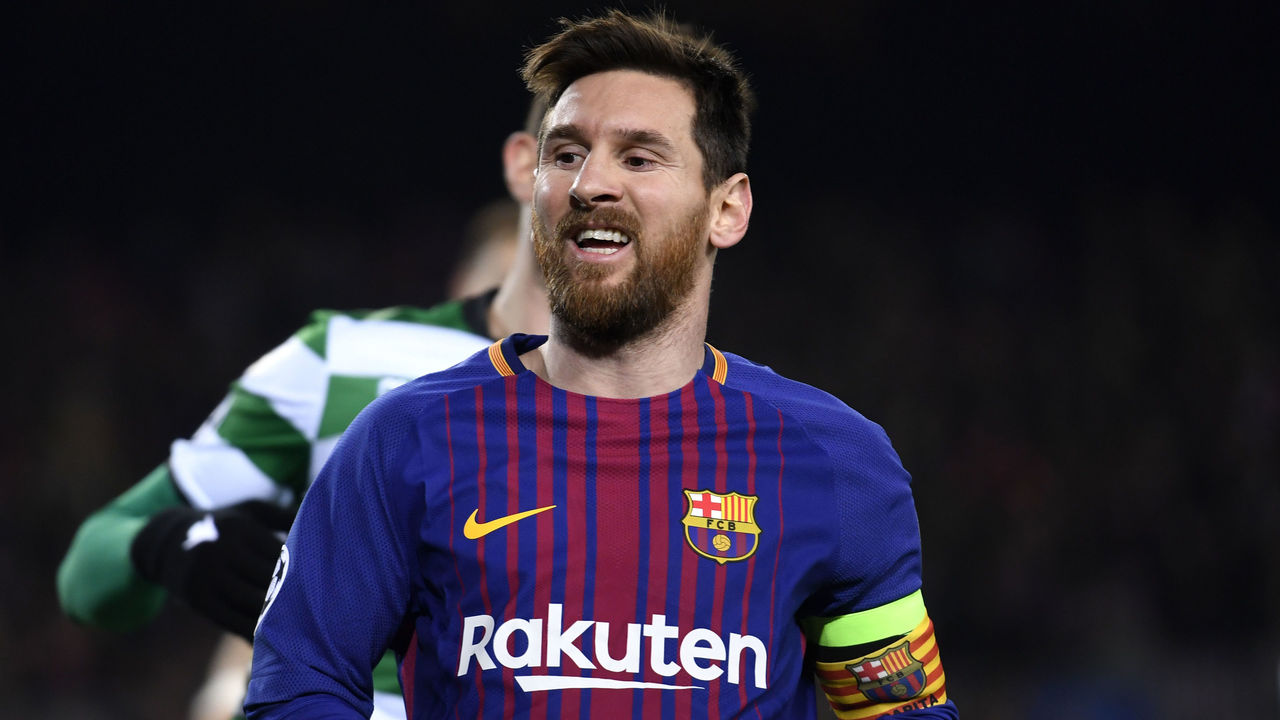 BARCELONA, SPAIN - DECEMBER 05: Lionel Messi of Barcelona looks on during the UEFA Champions League group D match between FC Barcelona and Sporting CP at Camp Nou on December 5, 2017 in Barcelona, Spain.