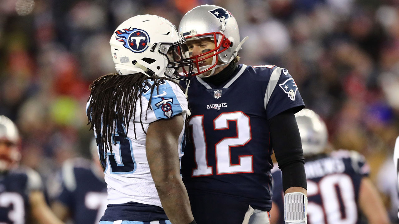 FOXBOROUGH, MA - JANUARY 13: Tom Brady #12 of the New England Patriots talks with Erik Walden #93 of the Tennessee Titans during the second quarter in the AFC Divisional Playoff game at Gillette Stadium on January 13, 2018 in Foxborough, Massachusetts.