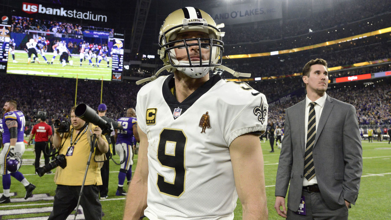 MINNEAPOLIS, MN - JANUARY 14: Drew Brees #9 of the New Orleans Saints on the field after the NFC Divisional Playoff game against the Minnesota Vikings on January 14, 2018 at U.S. Bank Stadium in Minneapolis, Minnesota. The Vikings defeated the Saints 24-29.