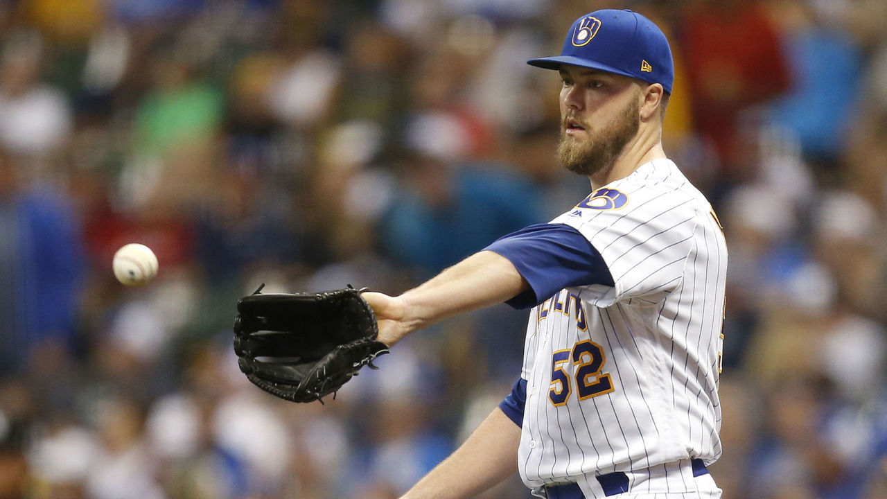 MILWAUKEE, WI - SEPTEMBER 01: Jimmy Nelson #52 of the Milwaukee Brewers pitches during the first inning against the Washington Nationals at Miller Park on September 01, 2017 in Milwaukee, WI.
