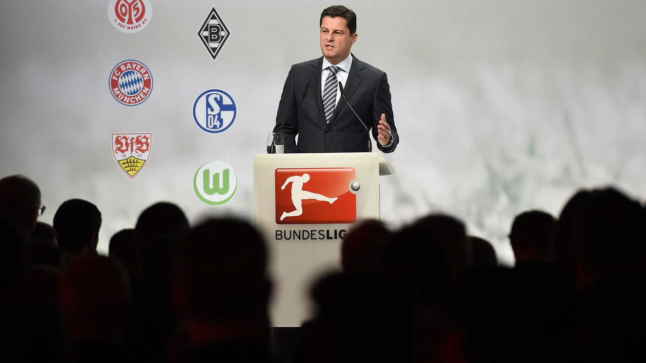 FRANKFURT AM MAIN, GERMANY - JANUARY 19: Christian Seifert, CEO of Deutsche Fussball Liga DFL delivers his speech during the DFL New Year's Reception 'Anstoss 2016' on January 19, 2016 in Frankfurt am Main, Germany.