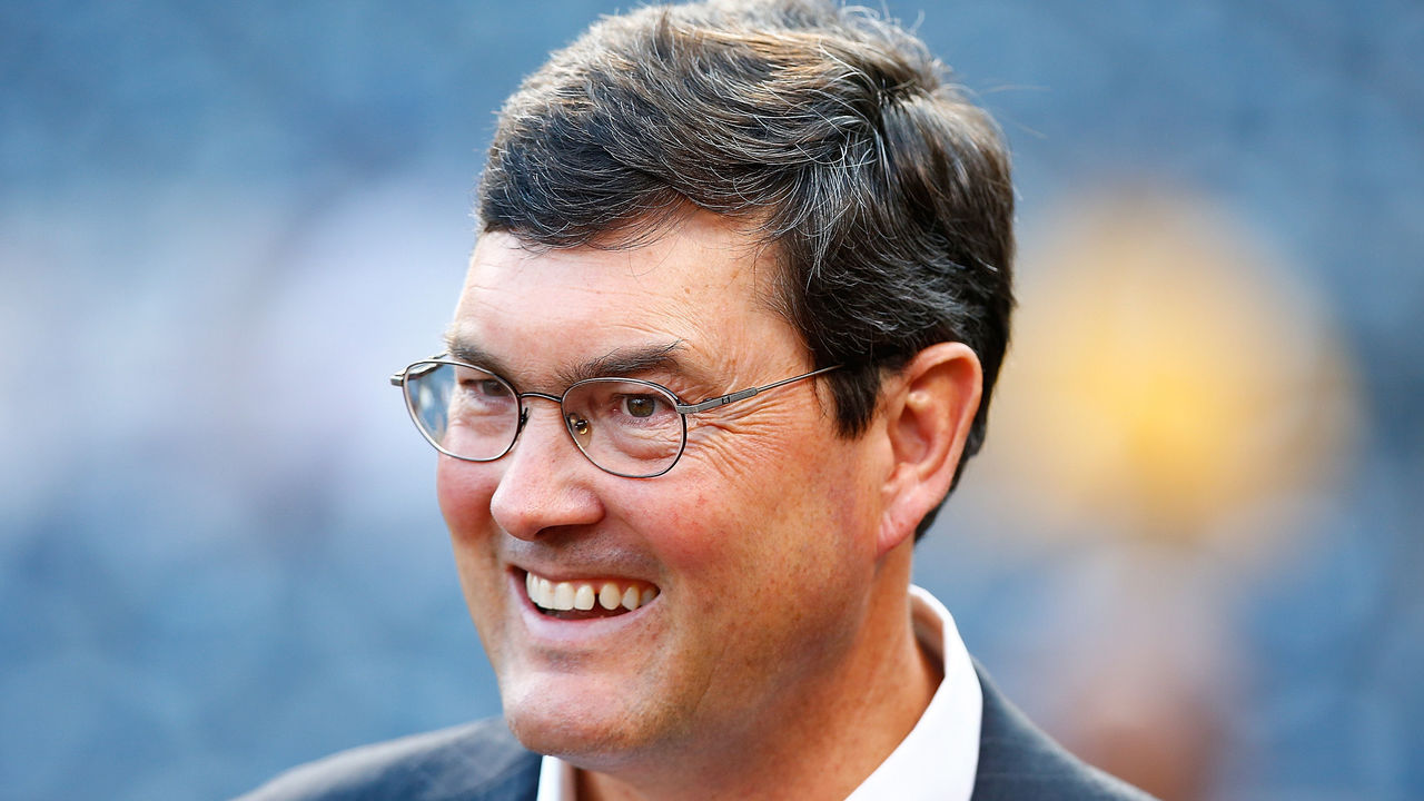PITTSBURGH, PA - OCTOBER 07: Principal owner and Chairman of the Board Bob Nutting of the Pittsburgh Pirates looks on during batting practice prior to the National League Wild Card game against the Chicago Cubs at PNC Park on October 7, 2015 in Pittsburgh, Pennsylvania.
