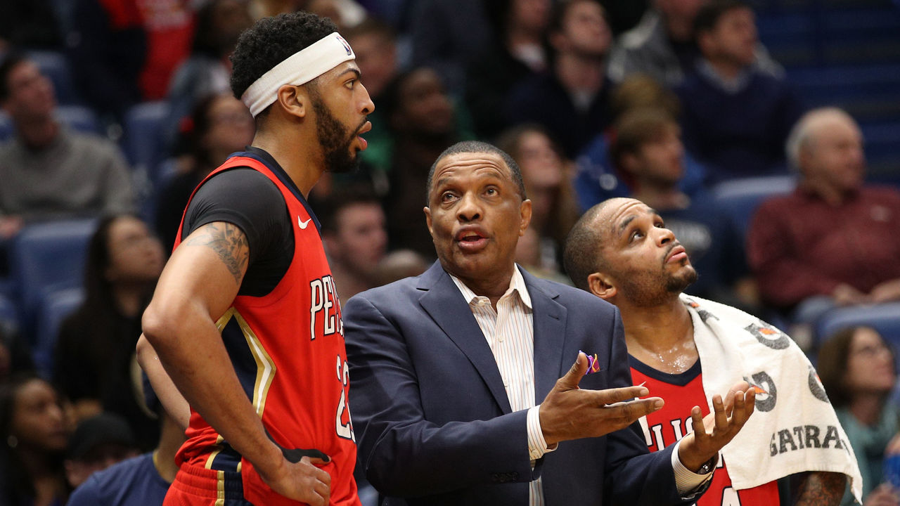 NEW ORLEANS, LA - DECEMBER 13: Head coach Alvin Gentry talks with Anthony Davis #23 of the New Orleans Pelicans during the game against the Milwaukee Bucks at Smoothie King Center on December 13, 2017 in New Orleans, Louisiana.