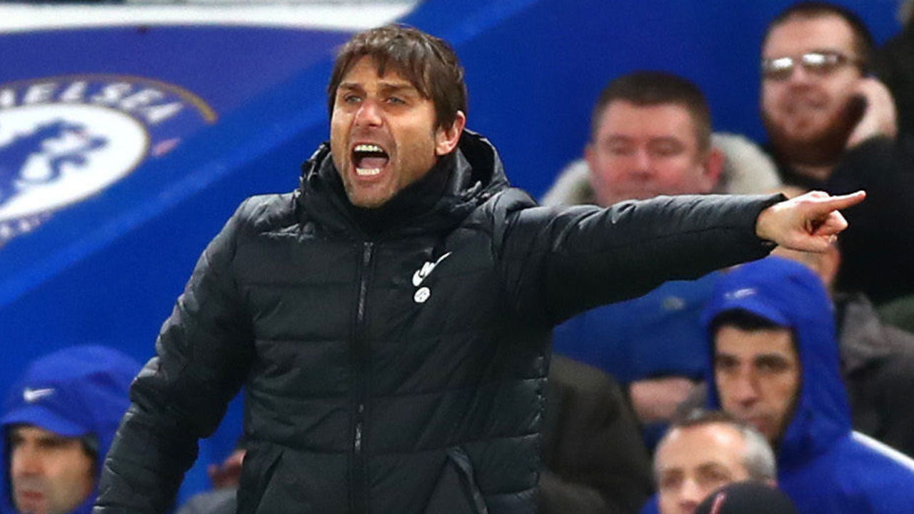 LONDON, ENGLAND - JANUARY 17: Antonio Conte, Manager of Chelsea reacts during The Emirates FA Cup Third Round Replay between Chelsea and Norwich City at Stamford Bridge on January 17, 2018 in London, England.