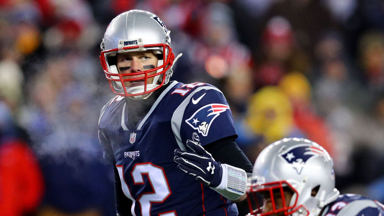 FOXBOROUGH, MA - JANUARY 13: Tom Brady #12 of the New England Patriots calls a play during the AFC Divisional Playoff game against the Tennessee Titans at Gillette Stadium on January 13, 2018 in Foxborough, Massachusetts.
