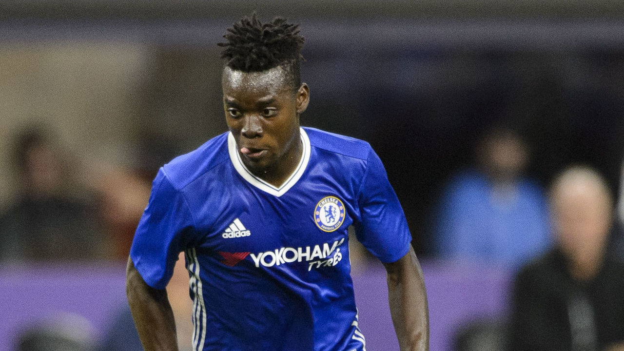MINNEAPOLIS, MN - AUGUST 3: Bertrand Traore #14 of Chelsea controls the ball against AC Milan during the first half of the International Champions Cup match on August 3, 2016 at U.S. Bank Stadium in Minneapolis, Minnesota. Chelsea defeat AC Milan 3-1.