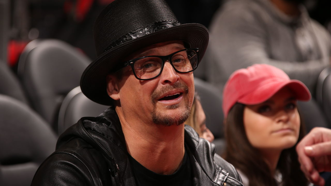 AUBURN HILLS, MI - JANUARY 6: Music Artist Kid Rock enjoys the game between the Houston Rockets and Detroit Pistons on January 6, 2018 at Little Caesars Arena in Detroit, Michigan. NOTE TO USER: User expressly acknowledges and agrees that, by downloading and/or using this photograph, User is consenting to the terms and conditions of the Getty Images License Agreement. Mandatory Copyright Notice: Copyright 2018 NBAE