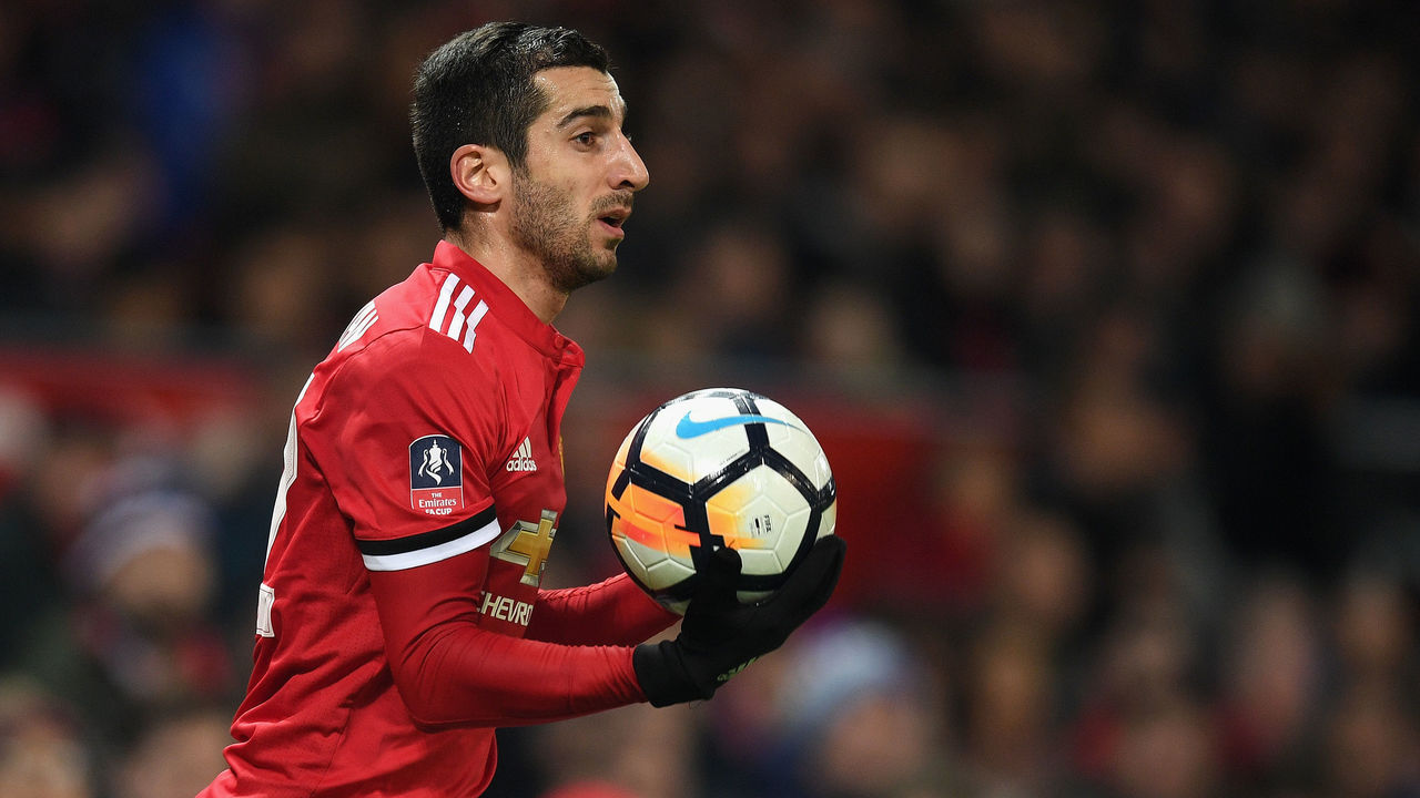 MANCHESTER, ENGLAND - JANUARY 05: Henrikh Mkhitaryan of Manchester United in action during the FA Cup 3rd round match between Manchester United and derby County at Old Trafford on January 5, 2018 in Manchester, England.