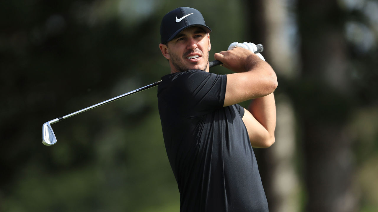 LAHAINA, HI - JANUARY 05: Brooks Koepka of the United States plays his shot from the second tee during the second round of the Sentry Tournament of Champions at Plantation Course at Kapalua Golf Club on January 5, 2018 in Lahaina, Hawaii.