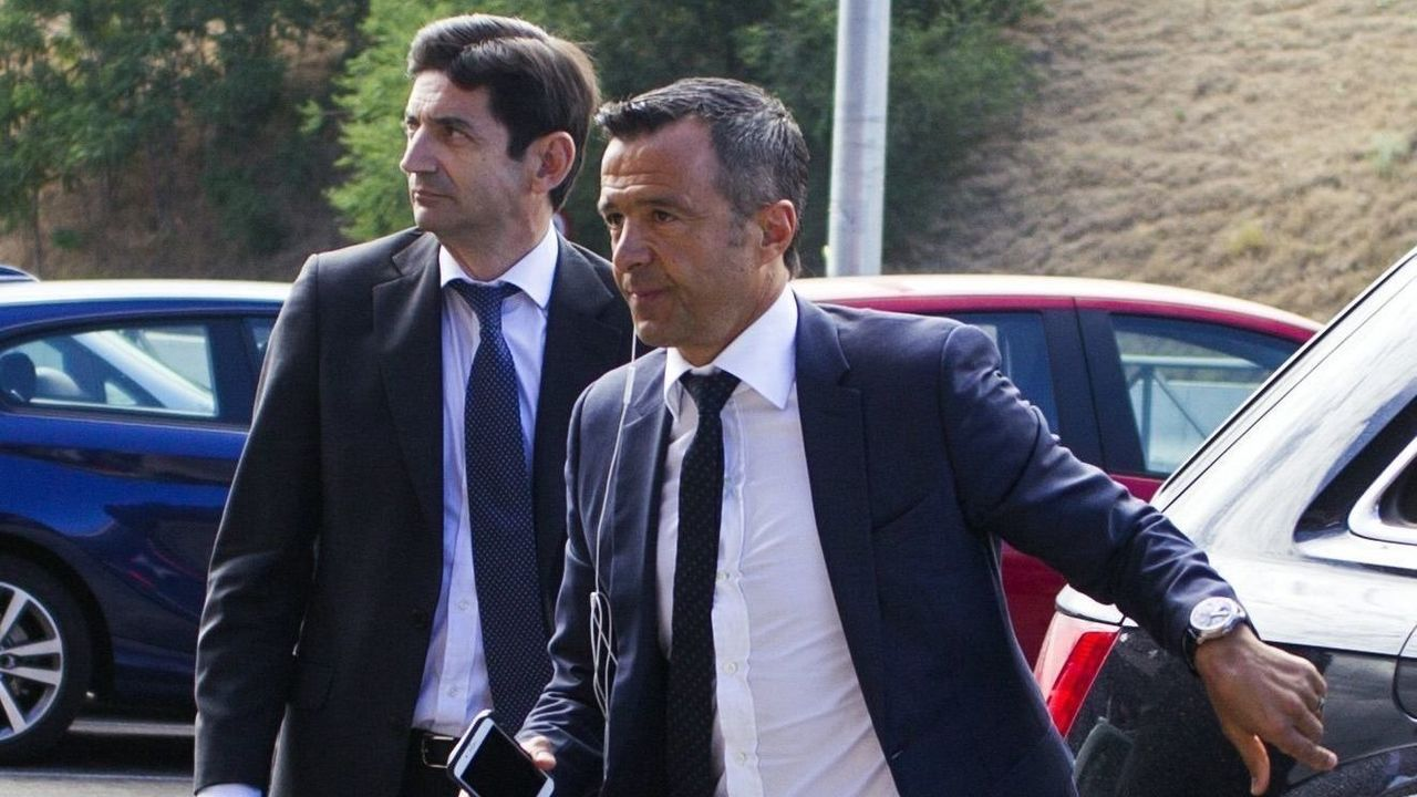 POZUELO DE ALARCON, SPAIN - JUNE 27: The agent of Portuguese soccer players, Jorge Mendes (R) arrives to Pozuelo de Alarcon Court to declare by the alleged tax evasion of 5.6 million euros of the former player of Atletico Madrid, Falcao, currently in Monaco, on June 27, 2017 in Pozuelo de Alarcon, Spain.