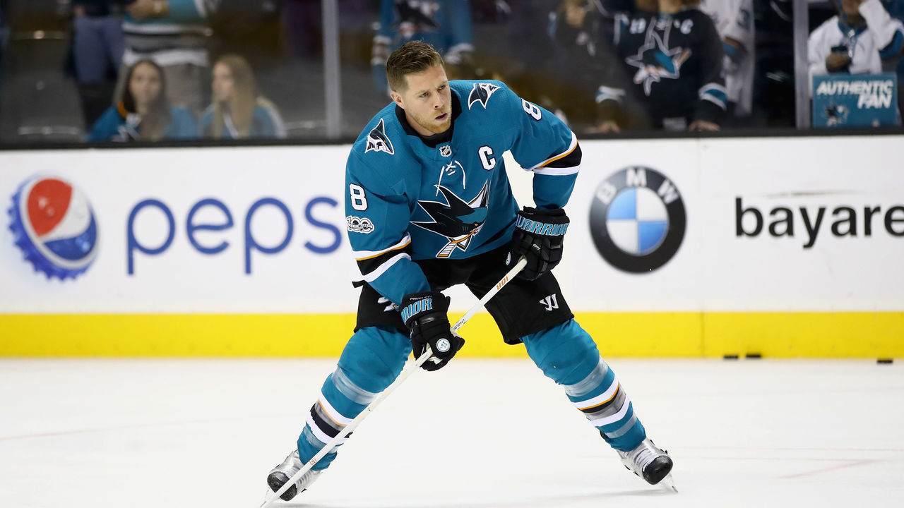 SAN JOSE, CA - OCTOBER 04: Joe Pavelski #8 of the San Jose Sharks warms up before their game against the Philadelphia Flyers at SAP Center on October 4, 2017 in San Jose, California.