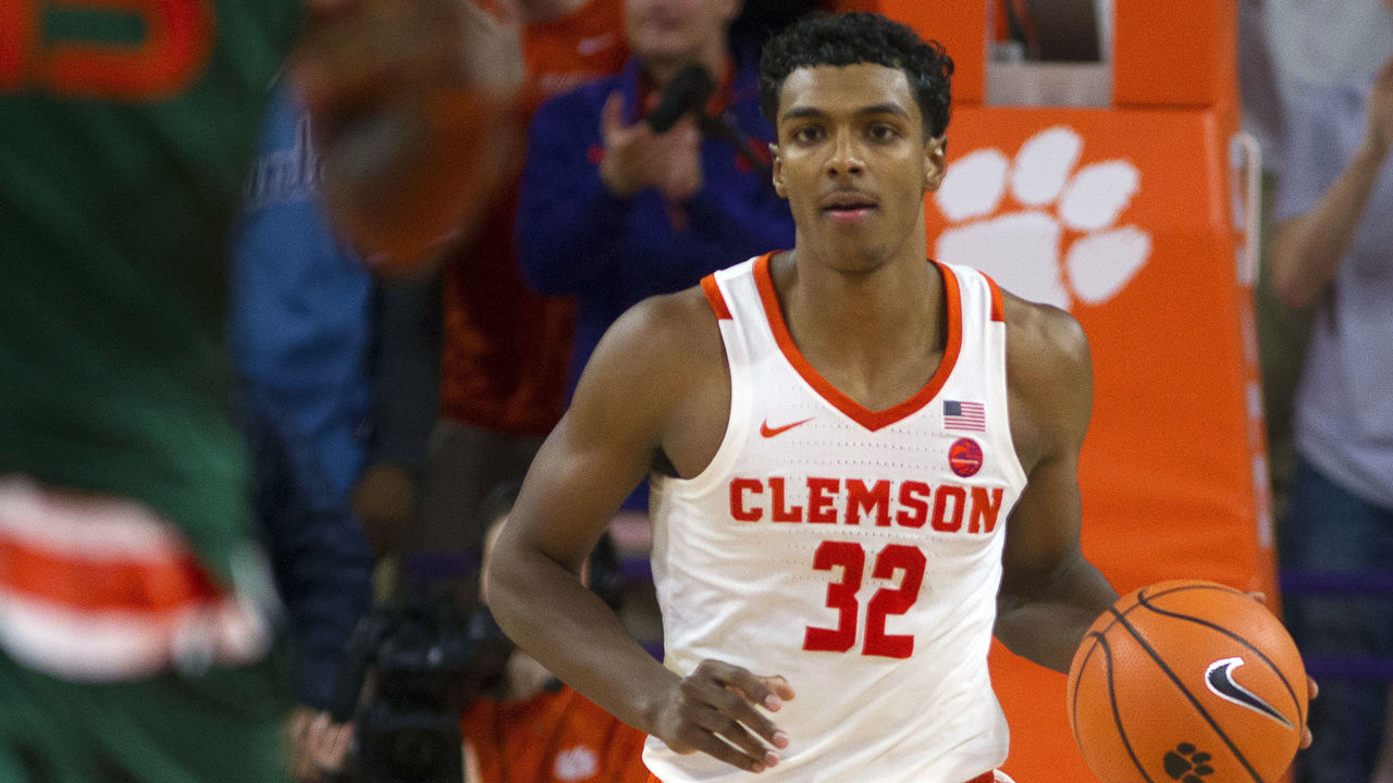 Cropped_2018-01-13t223403z_2054427554_nocid_rtrmadp_3_ncaa-basketball-miami-at-clemson