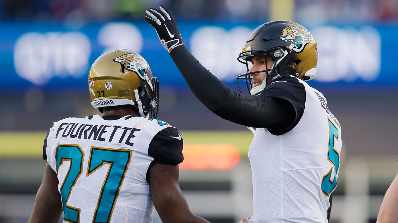 The Jaguars unveiled their new look during a state-of-the-franchise address  Thursday morning after a banner showing the new duds was installed at a ... d81e63a75