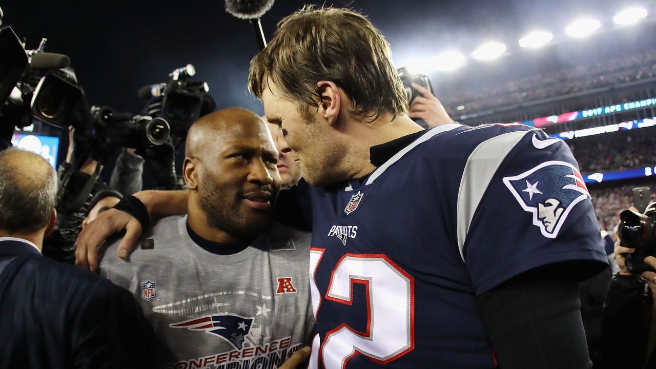 FOXBOROUGH, MA - JANUARY 21: Tom Brady #12 of the New England Patriots celebrates with James Harrison #92 after winning the AFC Championship Game against the Jacksonville Jaguars at Gillette Stadium on January 21, 2018 in Foxborough, Massachusetts.