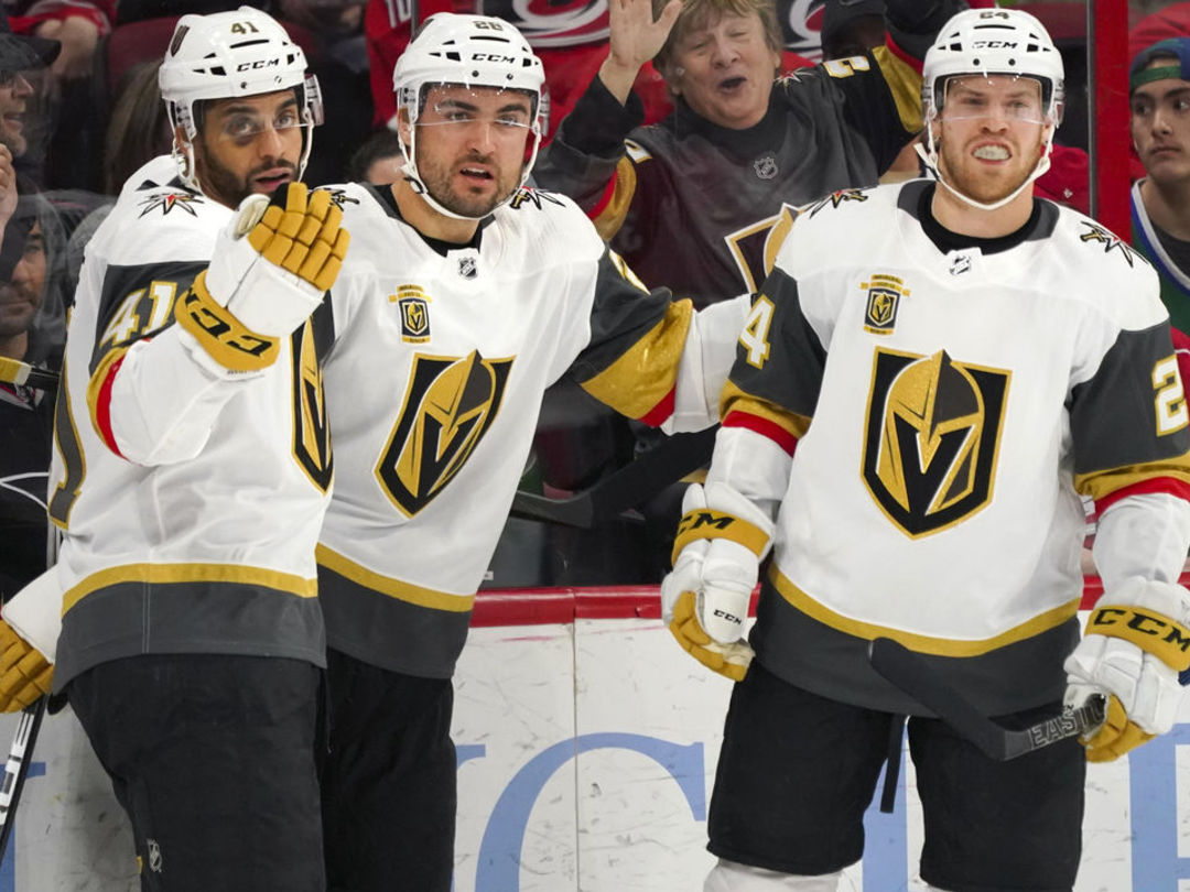 Golden Knights top Hurricanes to leap into NHL top spot