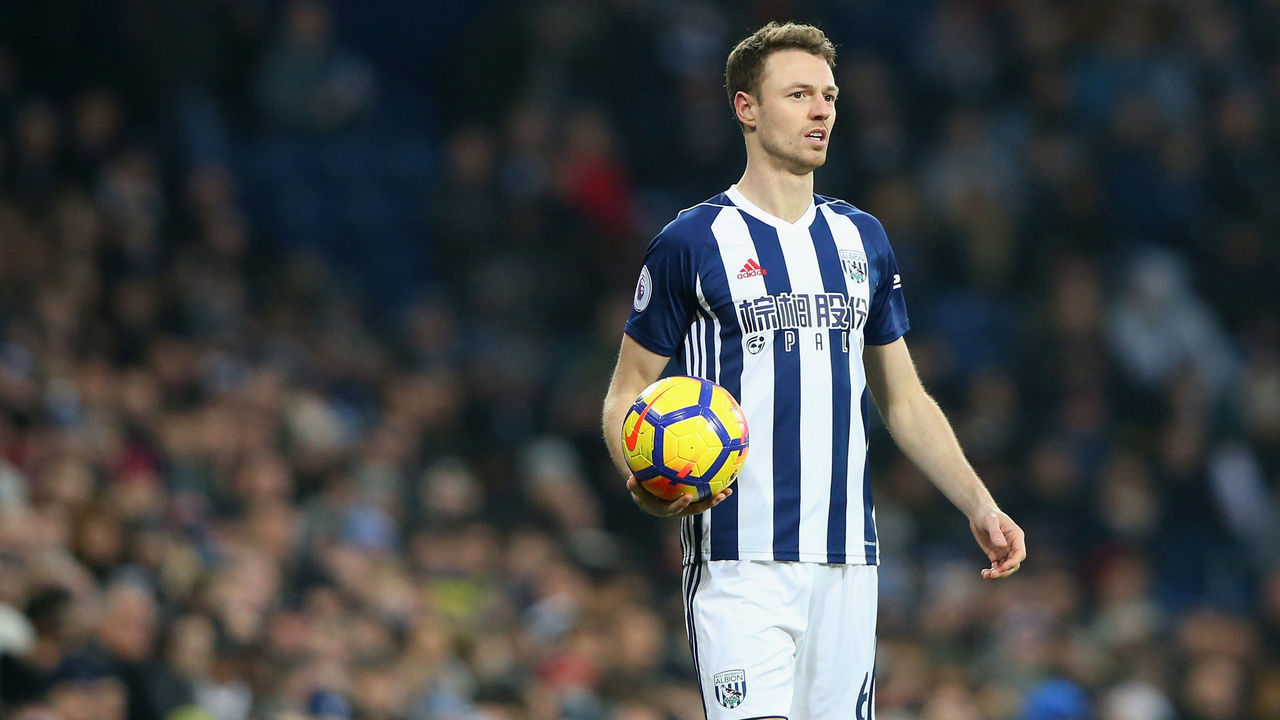 WEST BROMWICH, ENGLAND - JANUARY 13: Jonny Evans of West Bromwich Albion takes a throw in during the Premier League match between West Bromwich Albion and Brighton and Hove Albion at The Hawthorns on January 13, 2018 in West Bromwich, England.