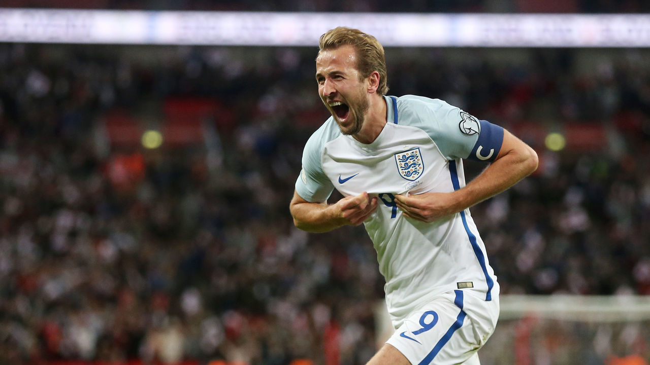 LONDON, ENGLAND - OCTOBER 05: Harry Kane of England celebrates scoring his side's first goal during the FIFA 2018 World Cup Qualifier between England and Slovenia at Wembley Stadium on October 5, 2017 in London, England.