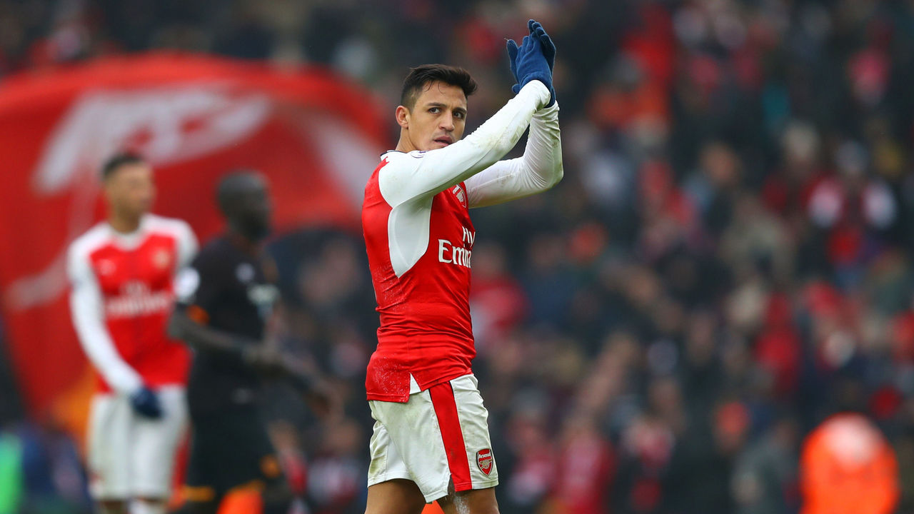 LONDON, ENGLAND - FEBRUARY 11: Alexis Sanchez of Arsenal applauds supporters after his side's 2-0 win in the Premier League match between Arsenal and Hull City at Emirates Stadium on February 11, 2017 in London, England.