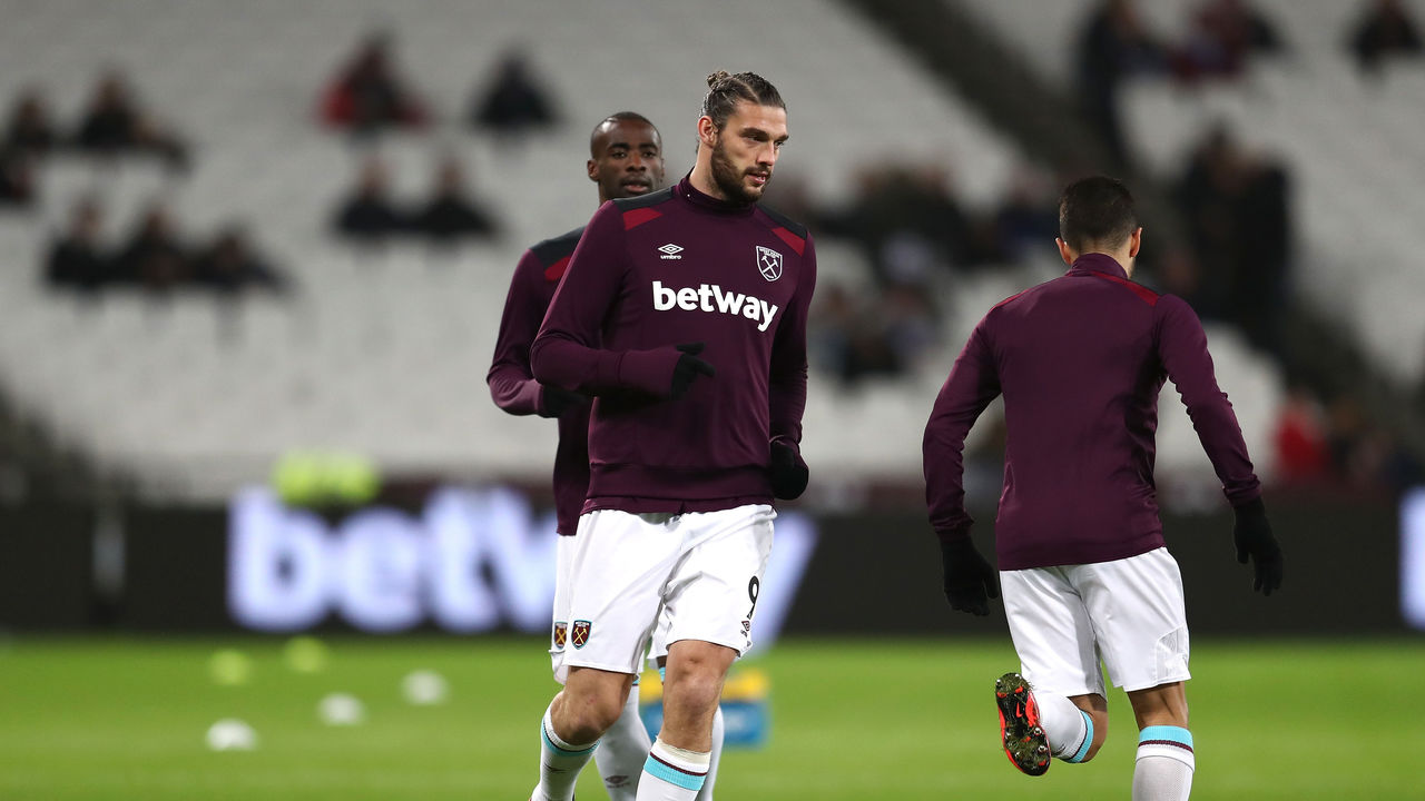 LONDON, ENGLAND - JANUARY 02: Andy Carroll of West Ham United warms up prior to the Premier League match between West Ham United and West Bromwich Albion at London Stadium on January 2, 2018 in London, England.