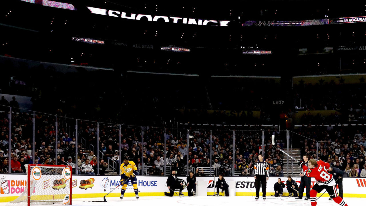 LOS ANGELES, CA - JANUARY 28: Patrick Kane #88 of the Chicago Blackhawks competes in the DraftKings NHL Accuracy Shooting event during the 2017 Coors Light NHL All-Star Skills Competition as part of the 2017 NHL All-Star Weekend at STAPLES Center on January 28, 2017 in Los Angeles, California.