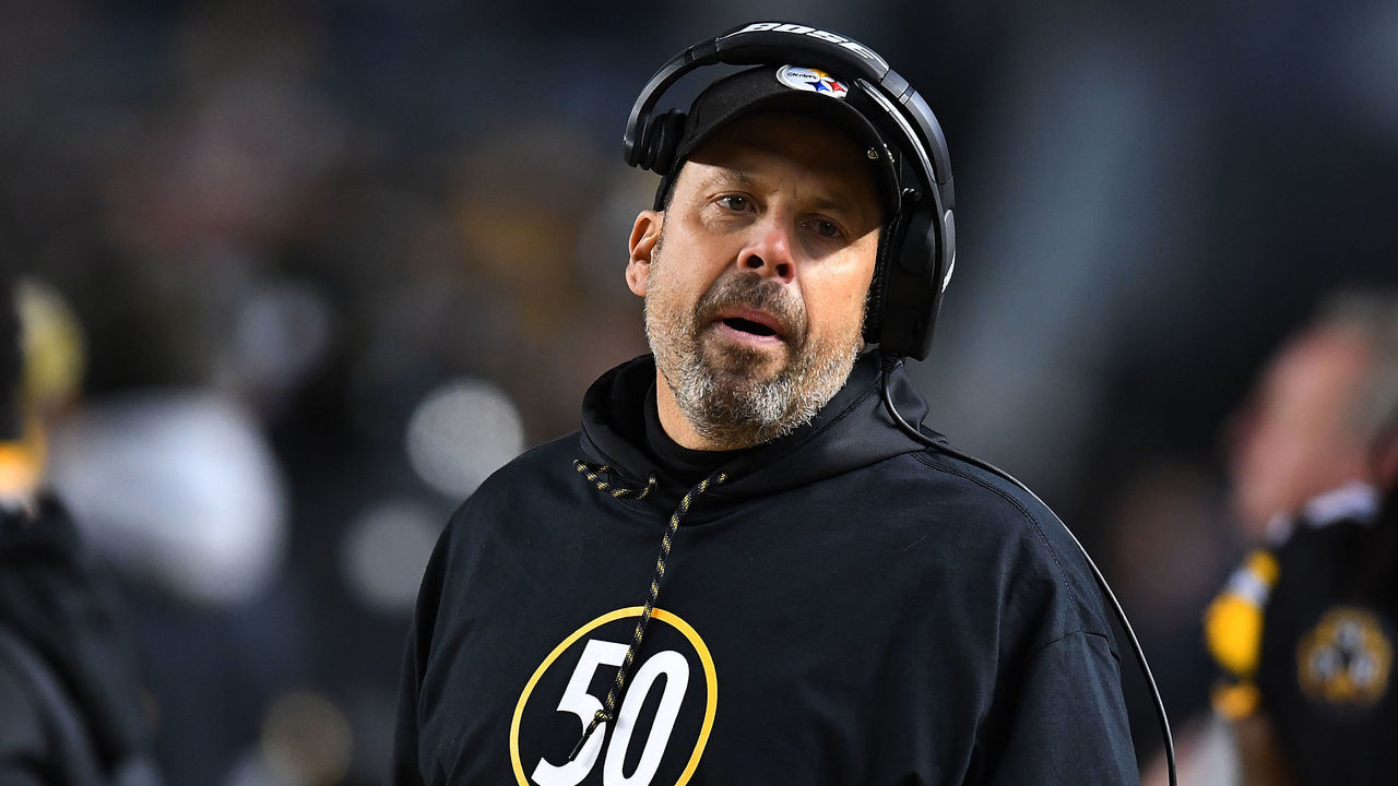 PITTSBURGH, PA - DECEMBER 10: Pittsburgh Steelers offensive coordinator Todd Haley wears a shirt honoring Ryan Shazier #50 who was injured in a game last week in the first quarter during the game against the Baltimore Ravens at Heinz Field on December 10, 2017 in Pittsburgh, Pennsylvania.