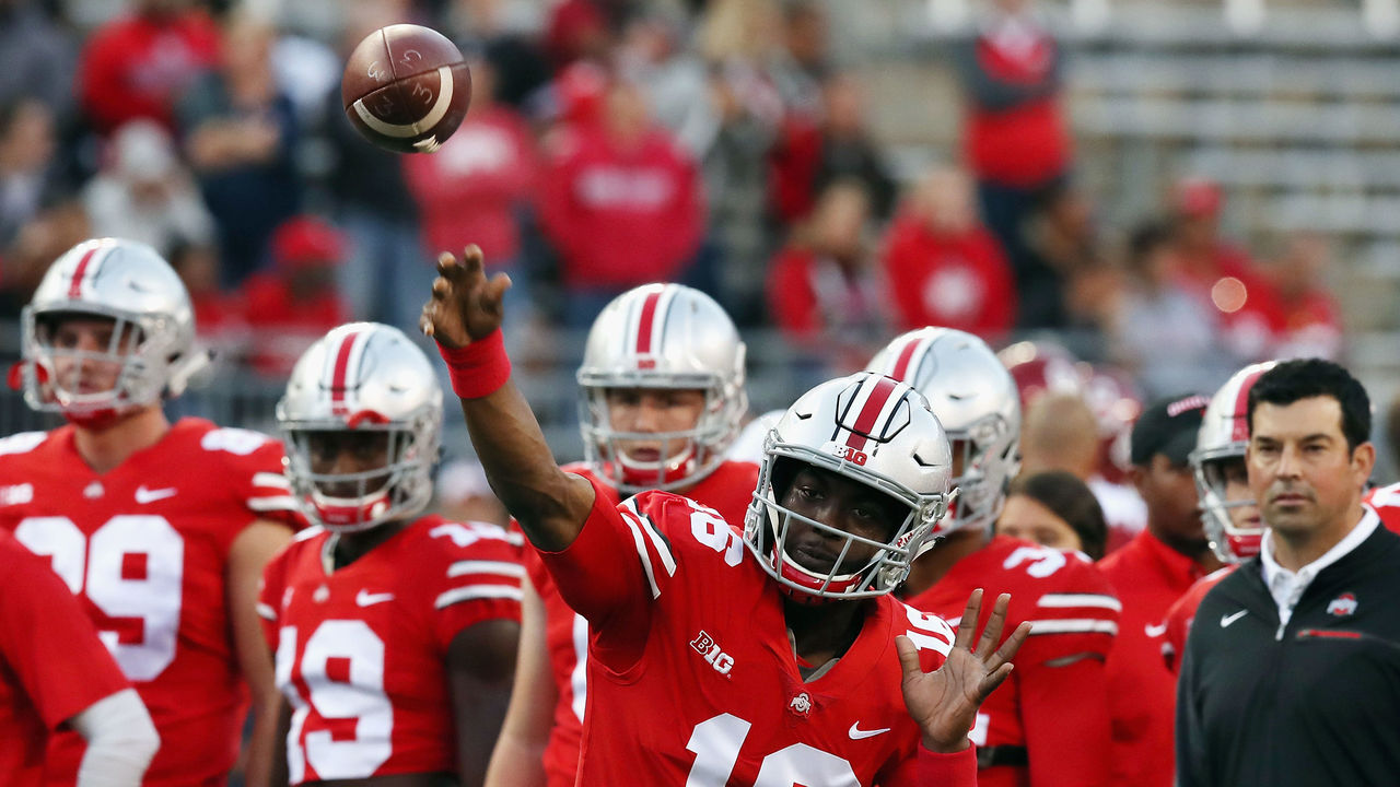 COLUMBUS, OH - SEPTEMBER 09: J.T. Barrett #16 of the Ohio State Buckeyes warms up before the game against the Oklahoma Sooners at Ohio Stadium on September 9, 2017 in Columbus, Ohio.