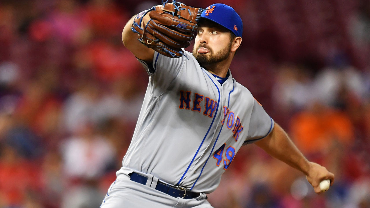 CINCINNATI, OH - AUGUST 29: Josh Smoker #49 of the New York Mets pitches in the fifth inning against the Cincinnati Reds at Great American Ball Park on August 29, 2017 in Cincinnati, Ohio. Cincinnati defeated New York 14-4.