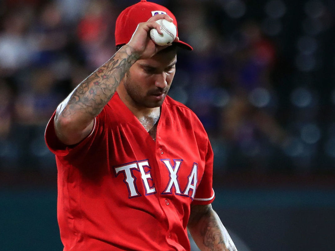 Rangers move Bush back to bullpen after trying him as starter