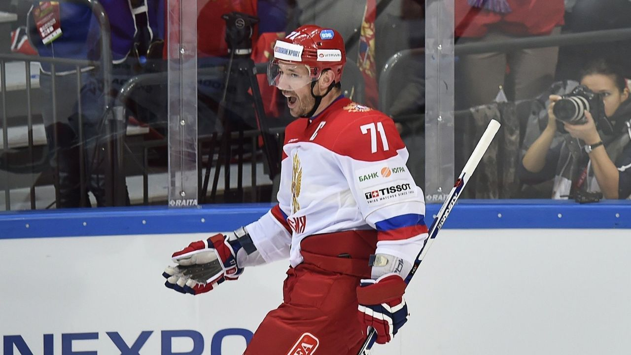 Russia's forward Ilya Kovalchuk celebrates a goal during the Channel One Cup of the Euro Hockey Tour ice hockey match between Russia and Finland in Moscow on December 19, 2015. / AFP / ALEXANDER NEMENOV