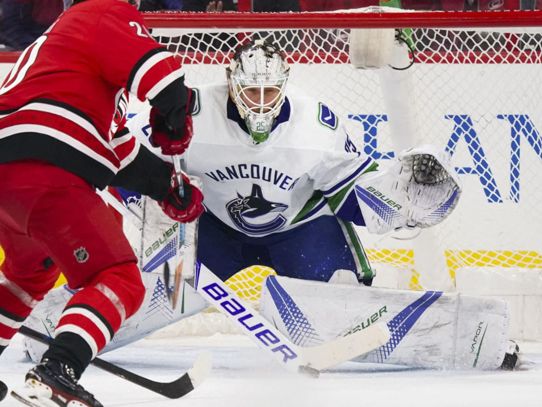 Markstrom: A lot of Canucks aren't good enough to be in NHL