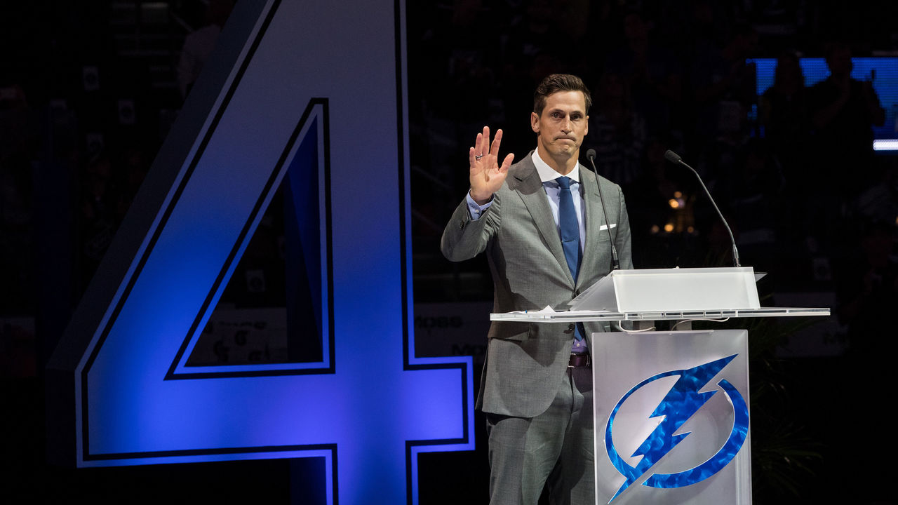 TAMPA, FL - FEBRUARY 10: Former player Vincent Lecavalier of the Tampa Bay Lightning waves to fans during his jersey retirement ceremony at Amalie Arena on February 10, 2018 in Tampa, Florida.
