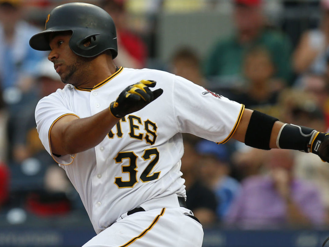 Mother of Pirates catcher Diaz rescued in Venezuela after kidnapping