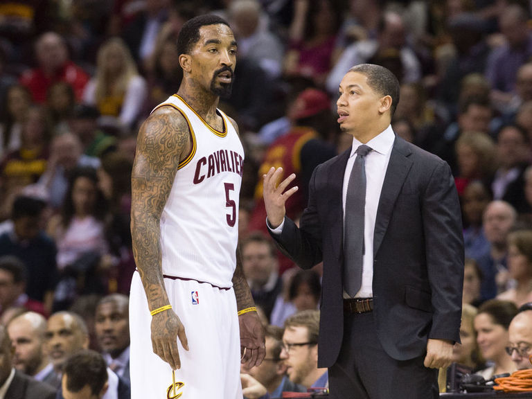 Cavaliers players react to dismissal of coach Lue