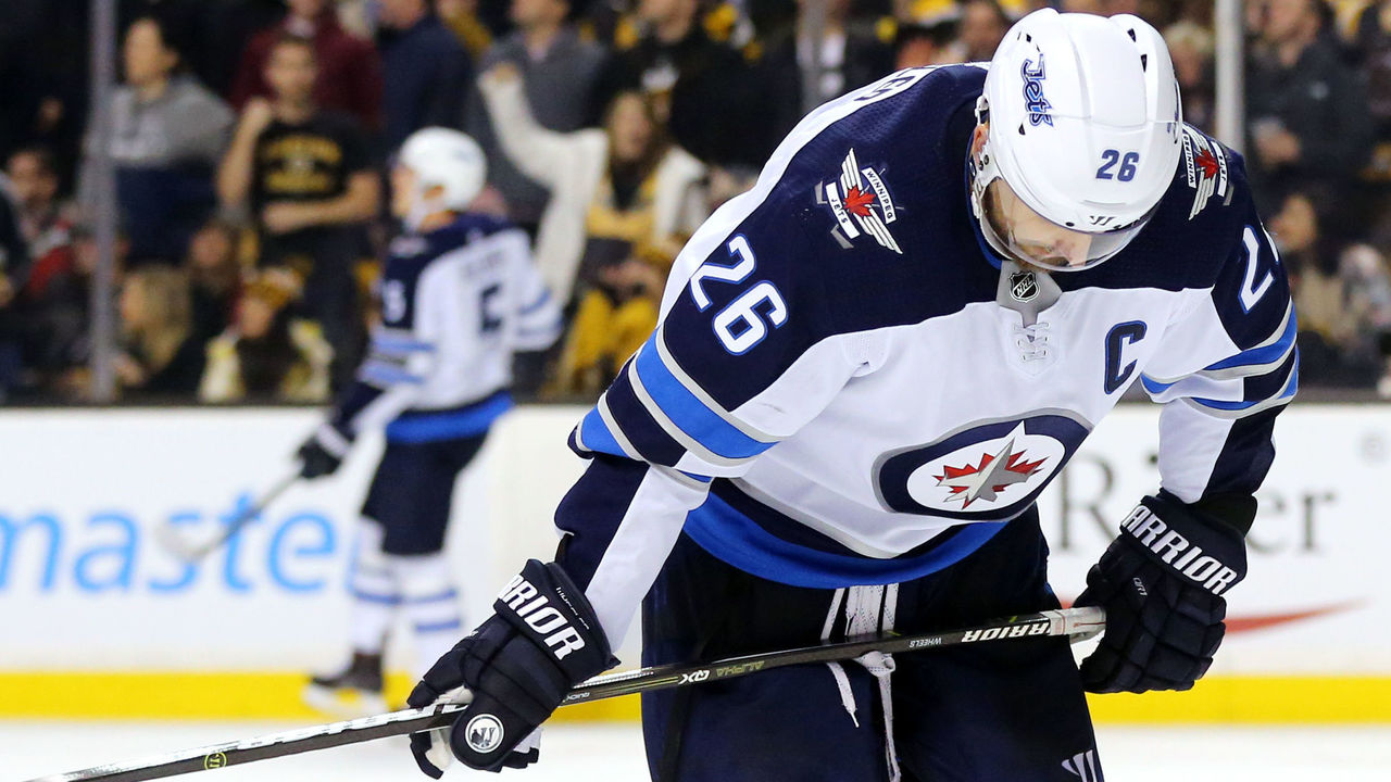 BOSTON, MA - DECEMBER 21: Blake Wheeler #26 of the Winnipeg Jets reacts during the third period against the Boston Bruins at TD Garden on December 21, 2017 in Boston, Massachusetts. The Bruins defeat the Jets 2-1 in a shoot out.