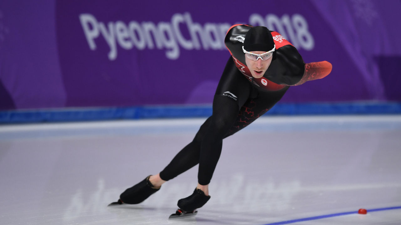Canada's Ted-Jan Bloemen competes in the men's 10,000m speed skating event during the Pyeongchang 2018 Winter Olympic Games at the Gangneung Oval in Gangneung on February 15, 2018. / AFP PHOTO / JUNG Yeon-Je