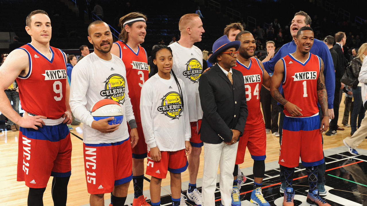 NEW YORK, NY - FEBRUARY 13: (L-R) Robert Pera, Jesse Williams, Win Butler, Mo'Ne Davis, Spike Lee, Anthony Anderson, Mike Golic and Nick Cannon attend the NBA All-Star Celebrity Game NBA All -Star Weekend 2015 on February 13, 2015 in New York City.