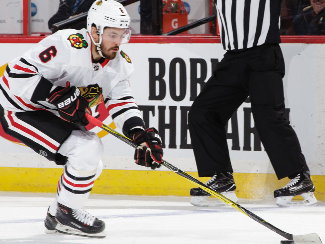 Blackhawks trade Kempny to Capitals for 3rd-round pick