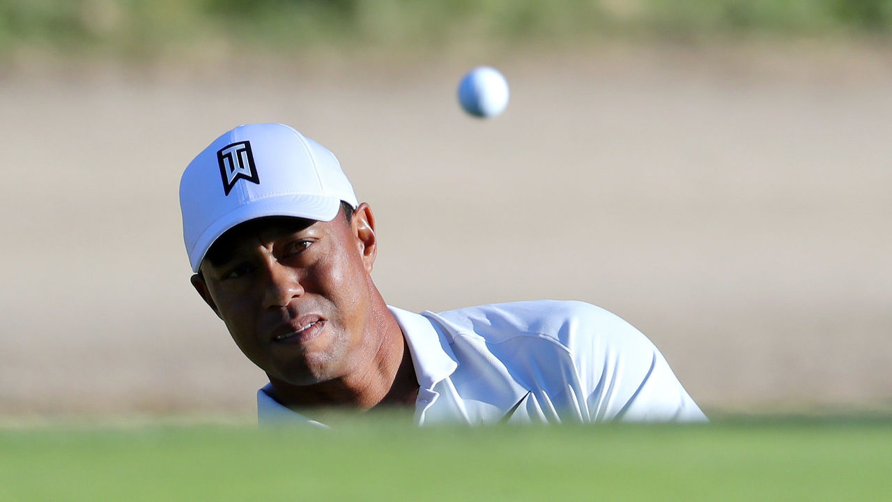 PACIFIC PALISADES, CA - FEBRUARY 16: Tiger Woods plays his shot on the 13th hole during the second round of the Genesis Open at Riviera Country Club on February 16, 2018 in Pacific Palisades, California.