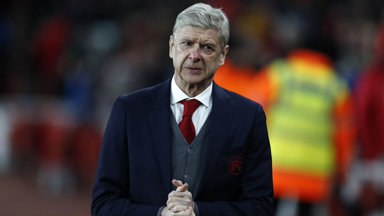 Arsenal's French manager Arsene Wenger arrives for the second leg of the Europa League Round of 32 football match between Arsenal and Ostersunds at the Emirates Stadium in London on February 22, 2018. / AFP PHOTO / Adrian DENNIS /