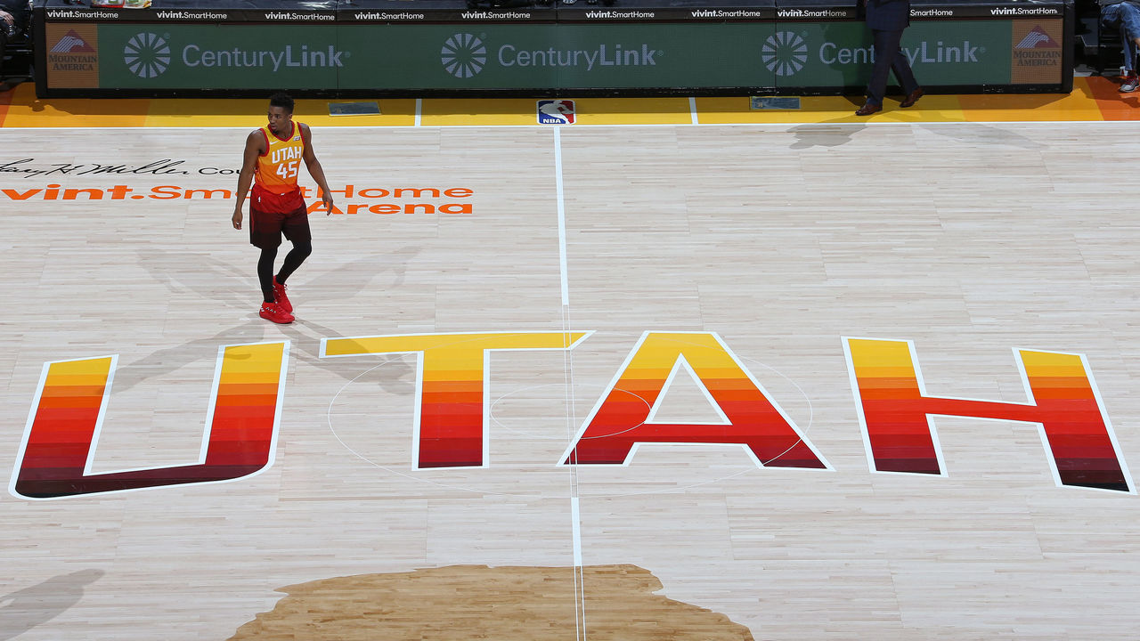 SALT LAKE CITY, UT - FEBRUARY 9: An overhead view of Donovan Mitchell #45 of the Utah Jazz standing at center court during the game against the Charlotte Hornets on February 9, 2018 at Vivint Smart Home Arena in Salt Lake City, Utah. Mandatory Copyright Notice: Copyright 2018 NBAE