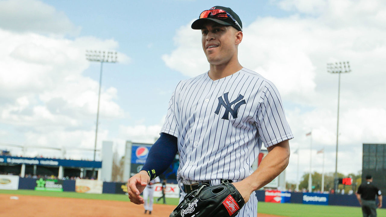 Cropped_stanton_nyy_action