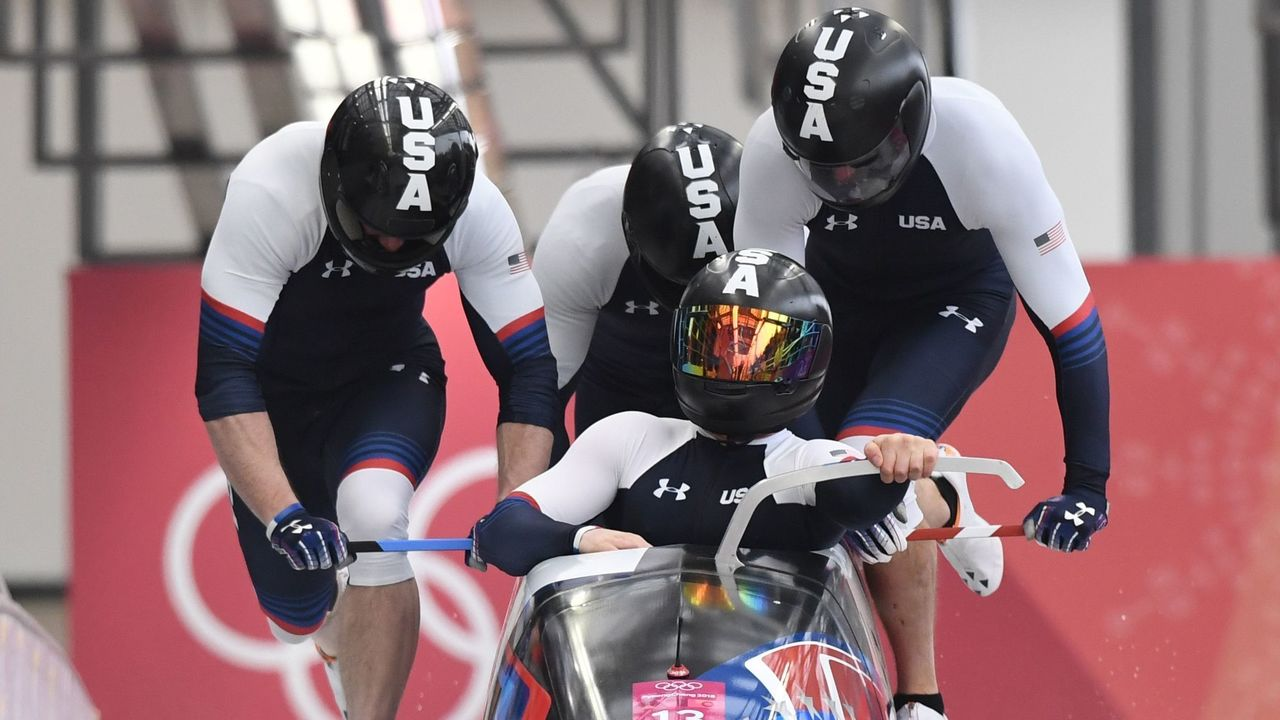 US Codie Bascue leads his team in the 4-man bobsleigh heat 1 run during the Pyeongchang 2018 Winter Olympic Games, at the Olympic Sliding Centre on February 24, 2018 in Pyeongchang. / AFP PHOTO / Mark RALSTON