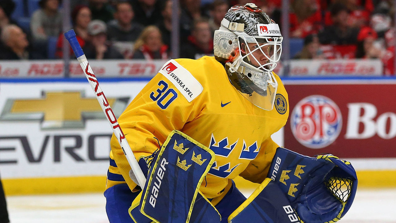 BUFFALO, NY - JANUARY 5: Filip Gustavsson #30 of Sweden in play against Canada during the Gold medal game of the IIHF World Junior Championship at KeyBank Center on January 5, 2018 in Buffalo, New York. Canada beat Sweden 3-1.